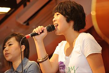 樂隊Double M於頒獎禮中表演
