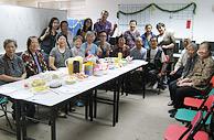 相片4: 與老友記聚會,一起關心社區的人和事